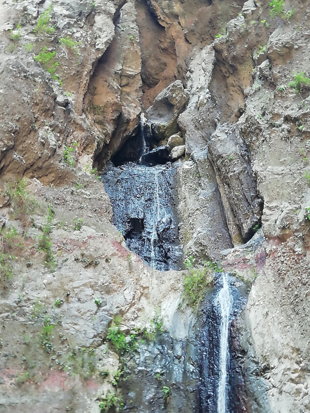 Waterfall at the end of the Barranco del Infierno walk