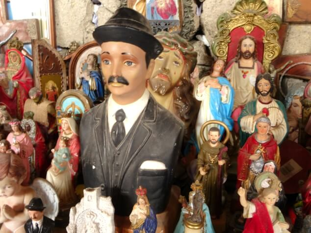A statue of Hardy from Laurel and Hardy inside the Cave of Santo Hermano Pedro